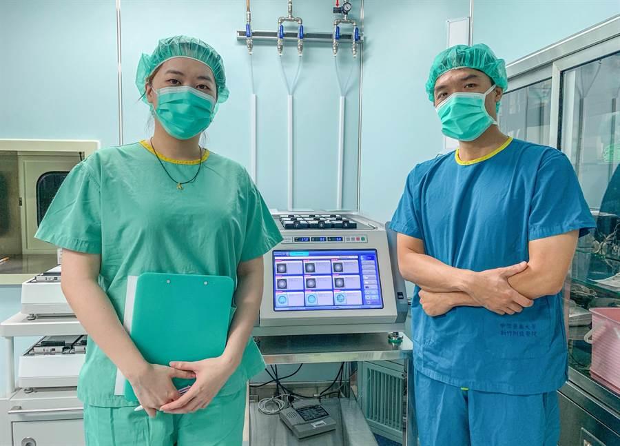 醫大新竹醫院「縮時攝影培養箱」(中)增加不孕婦女懷孕成功率。(羅浚濱攝)