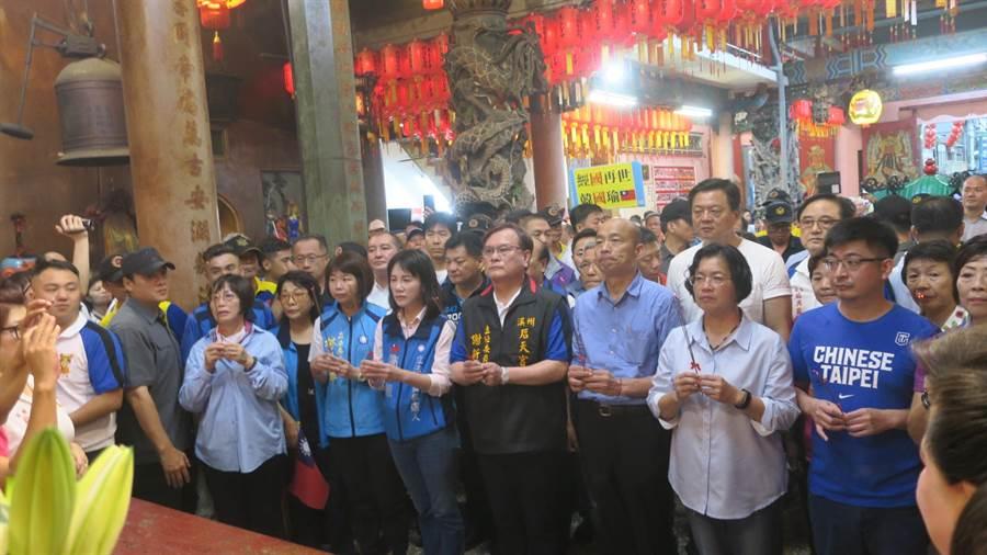 韓國瑜請假前也曾在9月1日到彰化走透透,從早到晚參拜9家宮廟。(資料照,謝瓊雲攝)