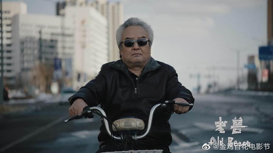 涂們以《老獸》獲第54屆金馬影帝後,又入圍金雞獎最佳男主角。(取自新浪微博@金雞百花電影節)