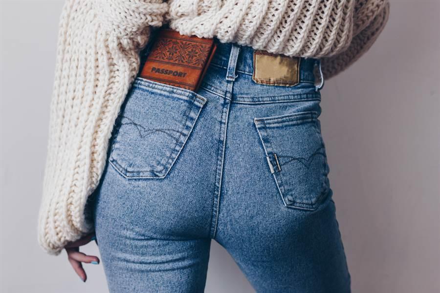 牛仔褲耐穿百搭 為何日本人不穿?(示意圖/達志影像)
