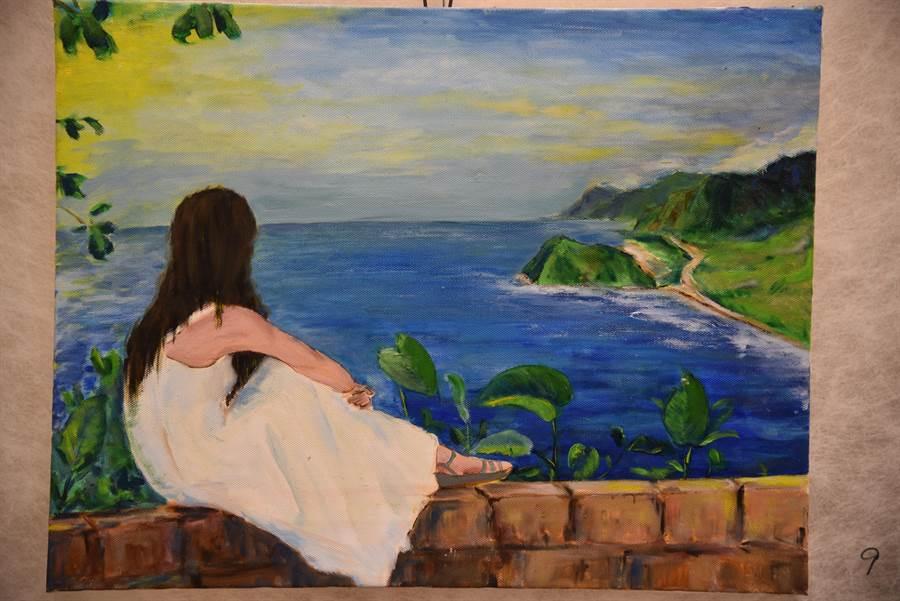 「期待」與「凝視」是屬於金根鴻獨特的畫風,癱瘓雖限制住了他的行動,但卻無法框架住他盼望康復與看海的心情。(王昱凱攝)