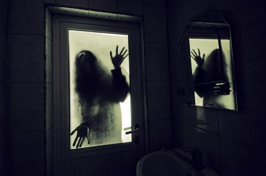 弟嬤相繼過世 她搬家驚見恐怖痕跡(圖片取自/達志影像)