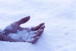 被關在冰櫃凍死是什麼感覺?死前行為超詭異