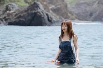 瑤瑤花6天變身「美人魚」高難度潛水沒在怕