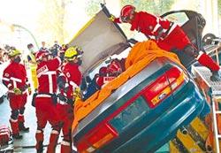 車禍救援賽 21隊屏東較勁