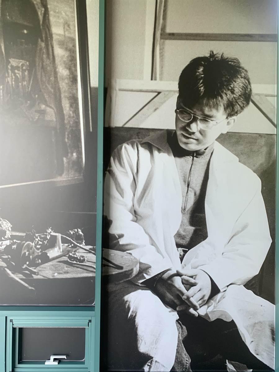 毓繡美術館展出前館長李足新《心靈的歸宿》續集。(廖志晃攝)
