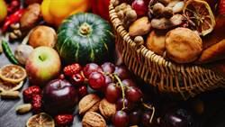 吃它降血壓!4大秋季水果有禁忌