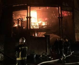 新屋保齡球館大火 遭控放水6消防2公務員判無罪