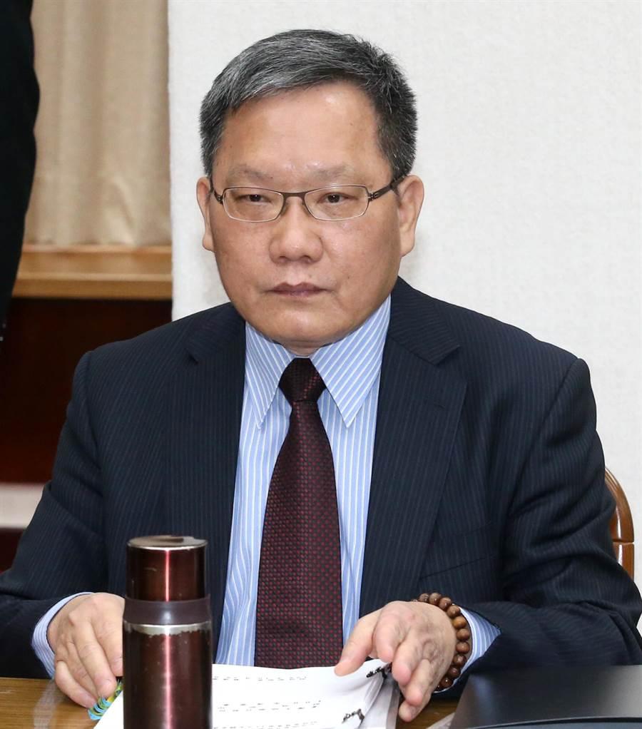 財政部長蘇建榮出席立法院財政委員會。(趙雙傑攝)