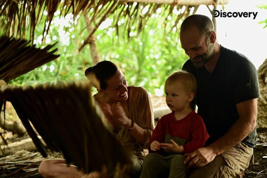《單挑荒野一家》 最狂一家人荒野求生一個月。(Discovery頻道 提供)