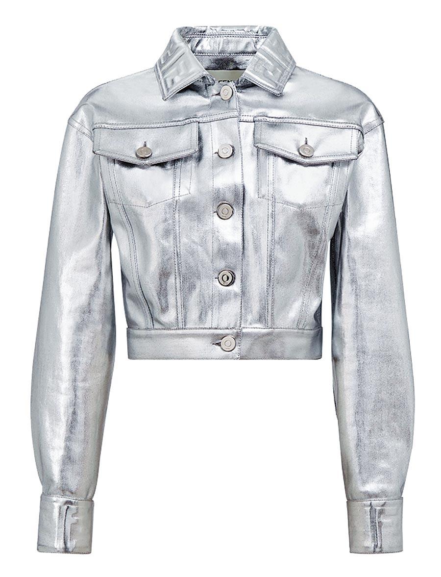 FENDI Prints On銀色皮夾克,6萬3900元。(FENDI提供)