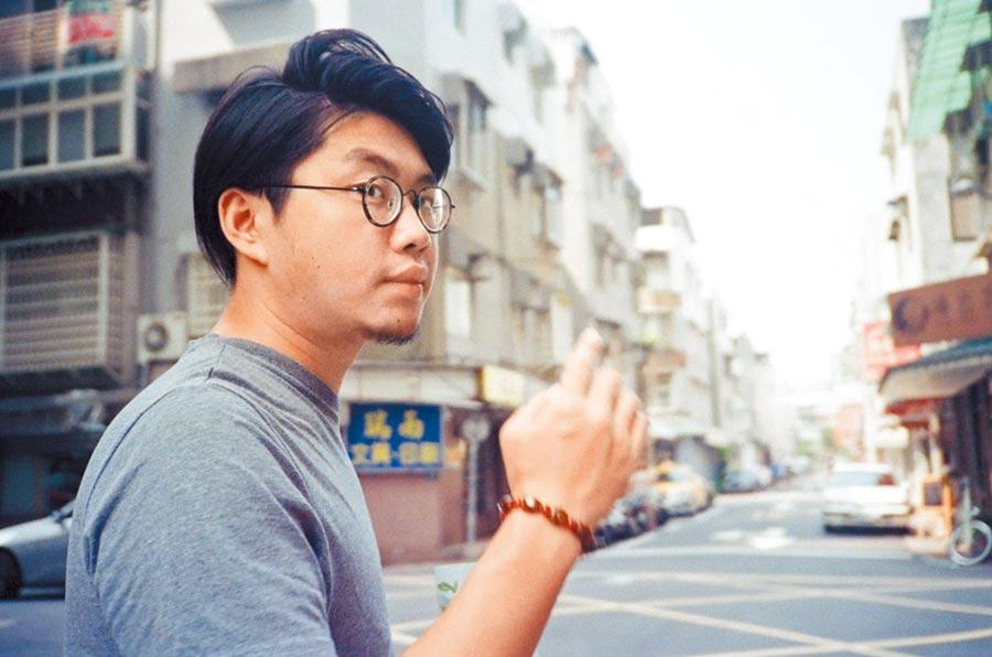 得獎名單(不分名次)  影視小說組洪昊賢 〈之後〉 1993年生,香港僑生,現時留學台灣。香港浸會大學創意及專業寫作文學士,國立清華大學台灣文學研究所在讀碩士生。曾做過兩年記者,作品散見於香港的文學雜誌與報章。