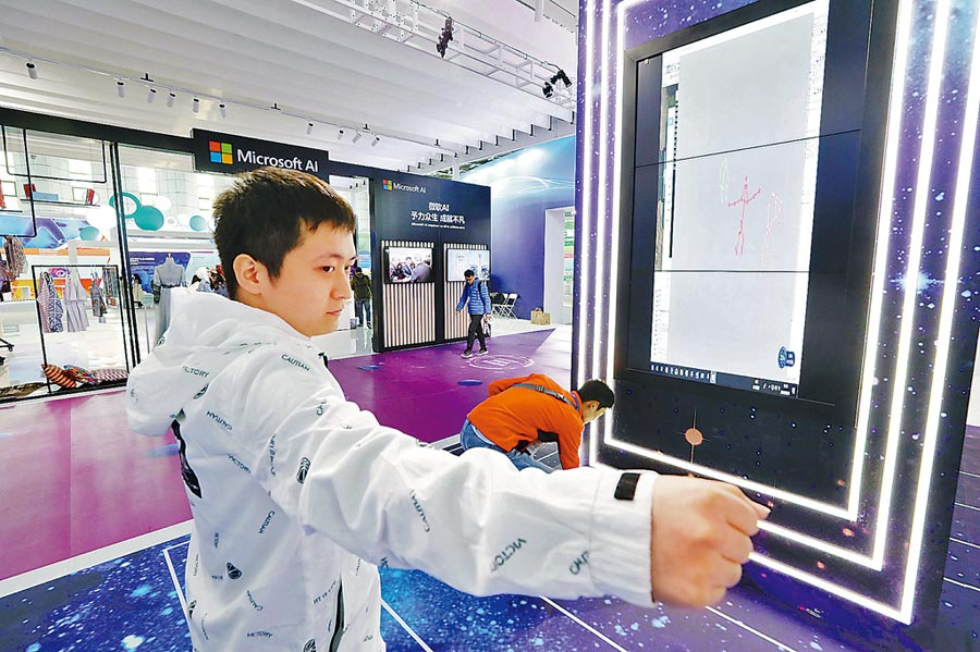 即時數位虛擬人重建系統。(饒強攝)