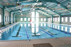 活化場館設施 獅潭國中泳池周六開放
