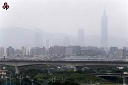 內蒙沙塵來襲 國健署提醒避免戶外活動