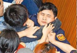 太陽花學運北市警賠百萬 葉毓蘭:這樣法官不值警賣命