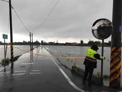 升級超大豪雨警戒 宜蘭縣3校今晚停班停課