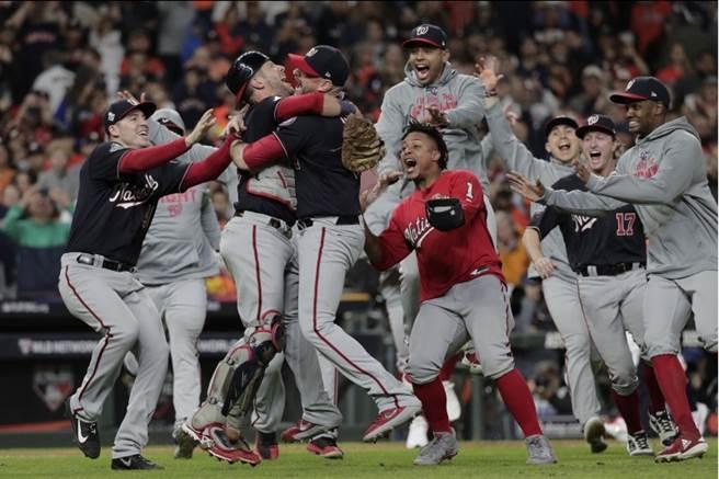 MLB》真把冠軍帶回D.C!哈波口誤又被提
