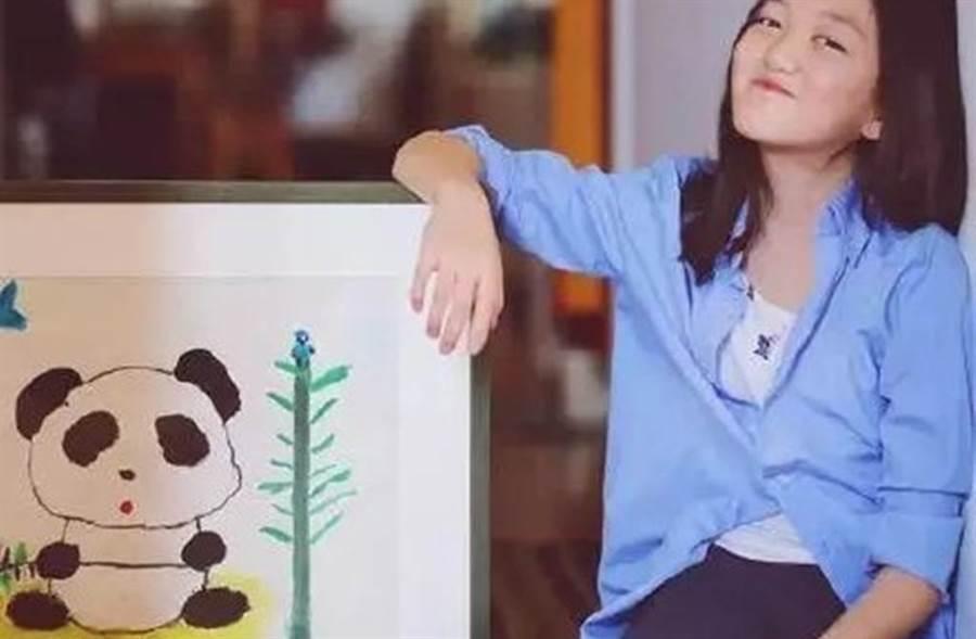 李嫣的畫作以380萬台幣賣出,引起網友討論。(圖/娛樂圈探班微博)