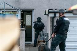 警抓賊毀民宅竟免賠 屋主人生變調