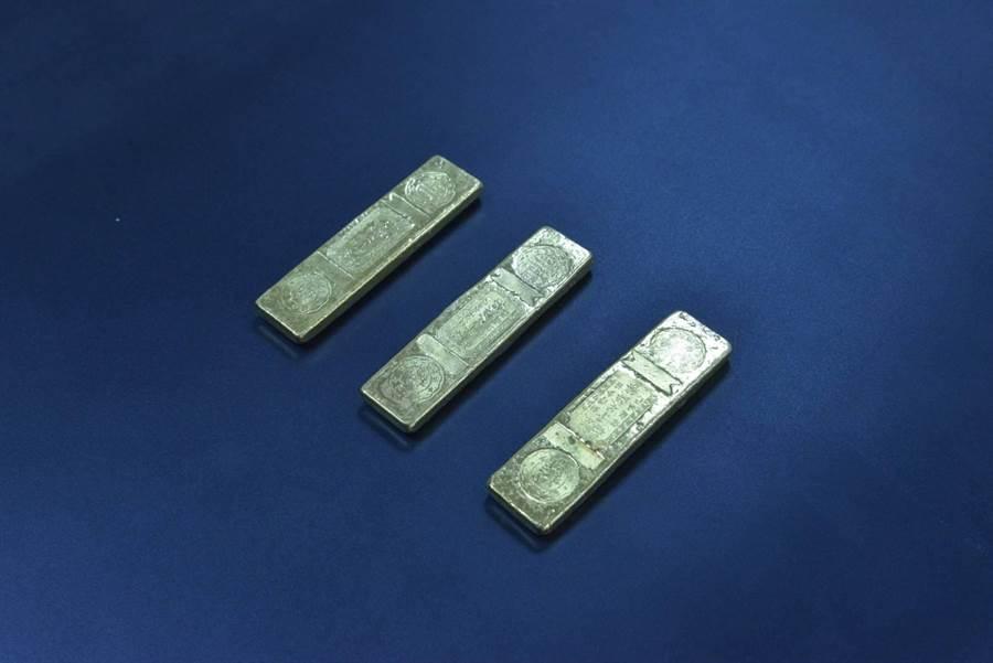 台北分署有3條5港兩的黃金條塊。(台北分署提供)