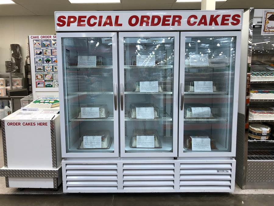而網路傳聞Costco工作超過25年,便能獲得一款超神祕的特製蛋糕。(圖/達志影像)