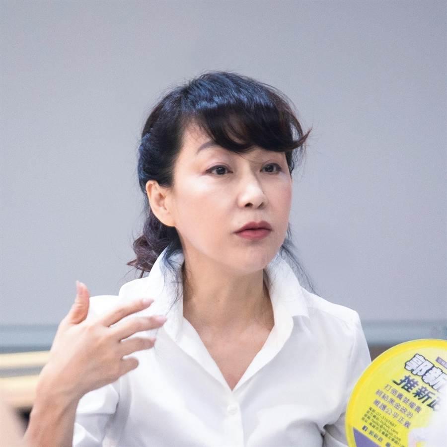 政治素人郭新政挑戰左楠區立委,有信心打敗兩位女人。(翻攝臉書)