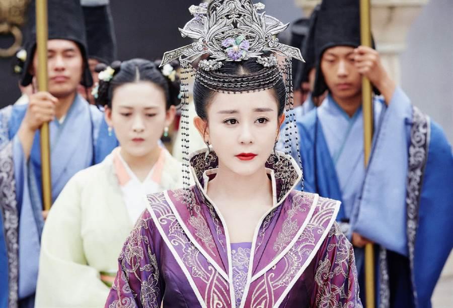 海陸在《獨孤皇后》中飾演北國公主阿史納頌。(圖/中天)