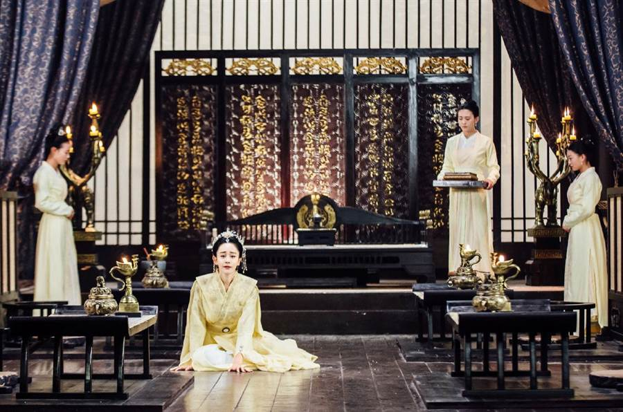 《獨孤皇后》中的北國公主阿史納頌(海陸飾),曾在《新還珠格格》中演出紫薇。(圖/中天)