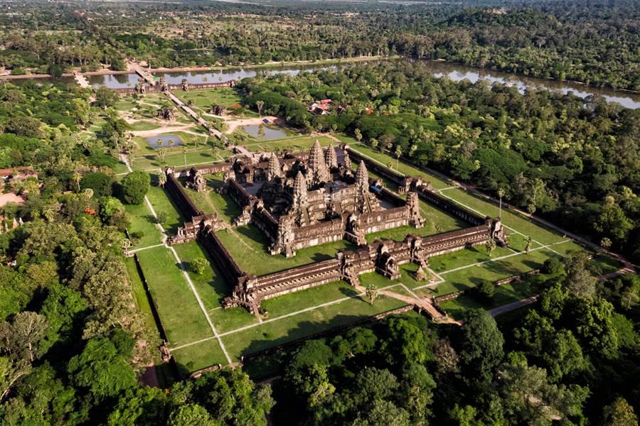 盈達旅由推出柬埔寨4+1日玩好玩滿春節遊程