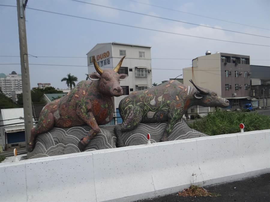 雲林縣北港牛墟入口意象。(許素惠攝)