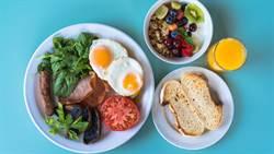 吃蛋狂減65%體重!早餐必吃這三類食物