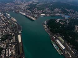 盛況!5艘客輪齊現基隆港,其中世界號郵輪乘客是擁有客房產權的富豪級「居民」