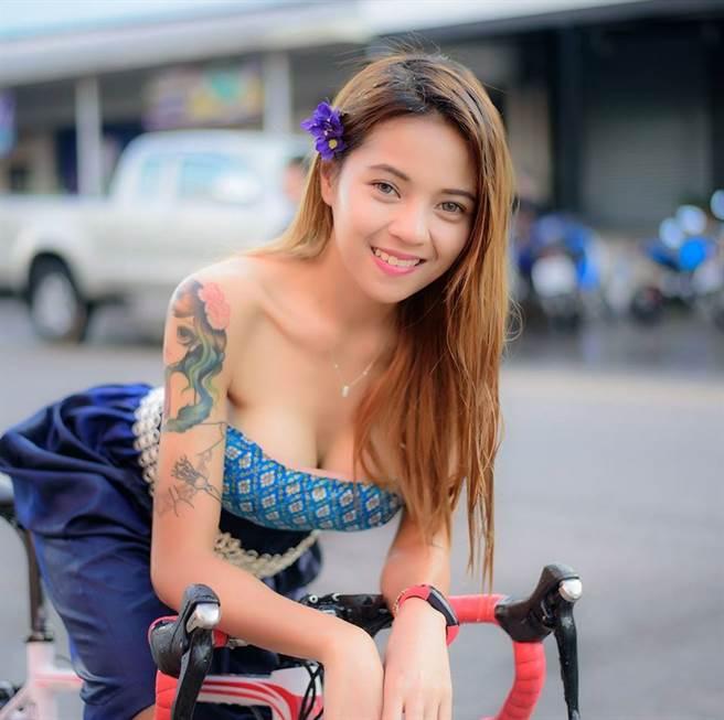 泰單車妹Tung Pang。(取自Tung Pang臉書)