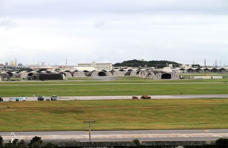 沖繩美軍基地爆發群聚感染,已經有超過60人確診感染新冠病毒。(圖/Shutterstock)