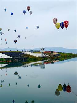 喔熊擔任觀光大使 台東熱氣球再度飄揚日本天空