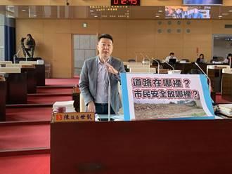 市議員要求台中市府針對公墓遷葬、功德堂等應多設塔位