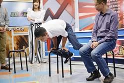 吳怡農上節目「秀兩腿」 特戰男神比肌肌!