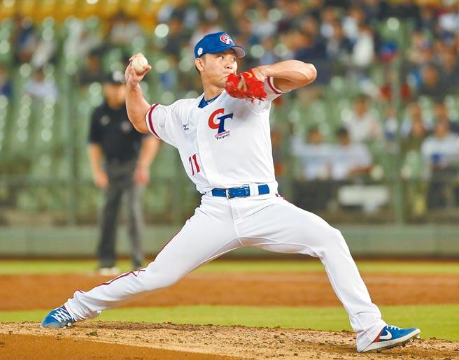 世界棒球12強賽5日中華出戰波多黎各,中華隊先發投手江少慶主投3局無失分。(鄭任南攝)