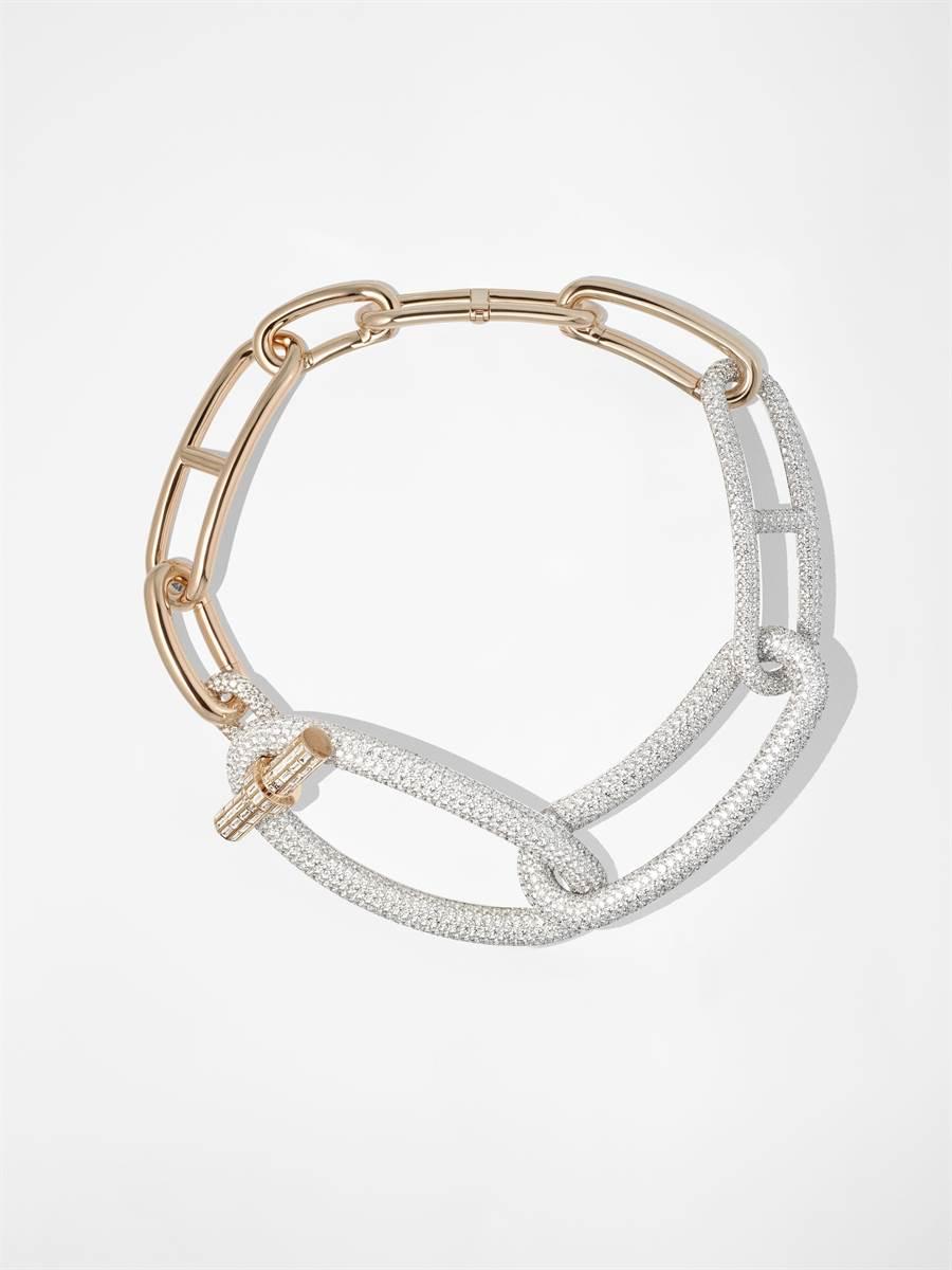 愛馬仕Adage Hermes玫瑰金與白K金鑲鑽項鍊,是最貴的作品,3007萬4500元。(HERMES提供)