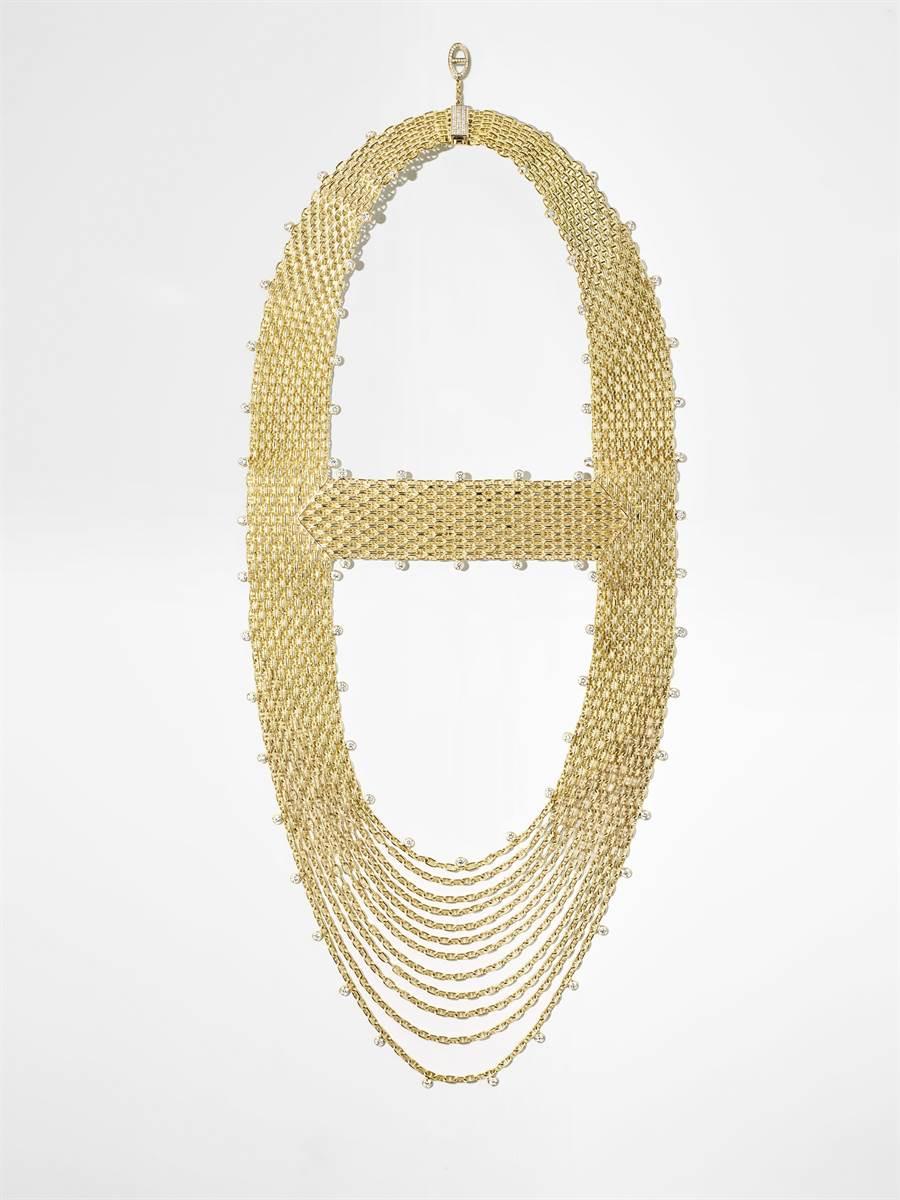 愛馬仕Voltige黃K金鑲鑽項鍊,601萬4900元。(HERMES提供)