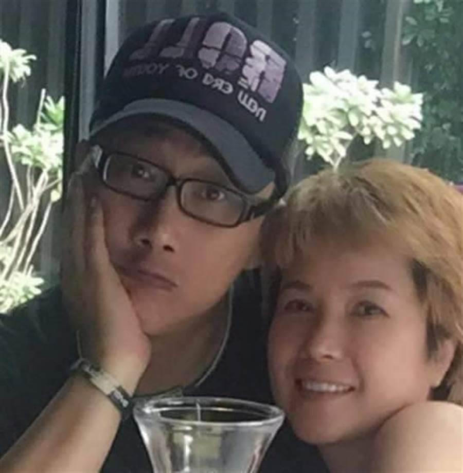 薛志正與第3任前妻仍有互動。取自薛子騛臉書