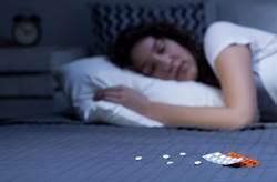 安眠藥駭人副作用!女醫師收陌生詭異簡訊「昨晚很舒服」崩潰