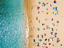 海灘驚見30米「冰蛋海」夢幻到爆