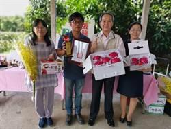 青農張祿棠冠軍紅龍果 拍賣出每公斤200元高價