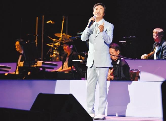 費玉清今晚封麥最終場 會唱會主持締造演藝圈紀錄