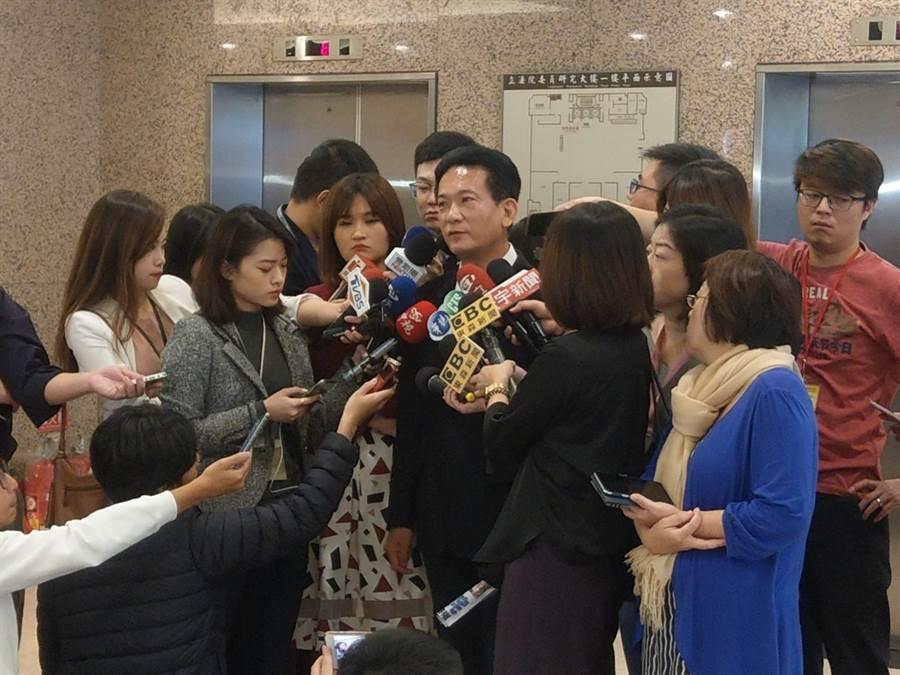 立委林俊憲今日受訪照 記者吳家豪攝