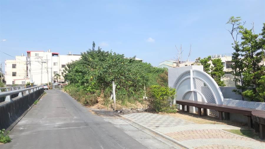 家扶員林新館是標購員林市地重劃抵費地,位處市郊邊陲,警方為免成為治安死角,將加強巡邏勤務。(謝瓊雲攝)