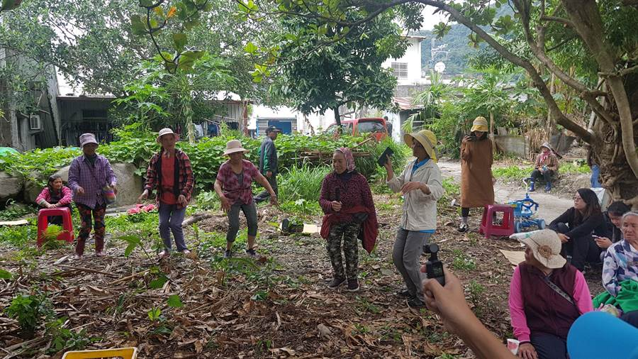 富里鄉吉拉米代部落文化產業協會今在鱉溪舉辦阿美族「巴歌浪」感恩宴。(九河局提供/王志偉花蓮傳真)