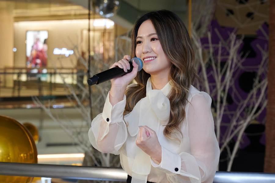 孫盛希今晚擔任圓夢大使,並演唱耶誕歌曲。(微風提供)